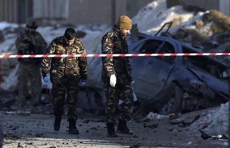 طالبان کا افغان ملٹری بیس پر حملہ، دو طرفہ فائرنگ جاری، 9 حملہ آور ہلاک