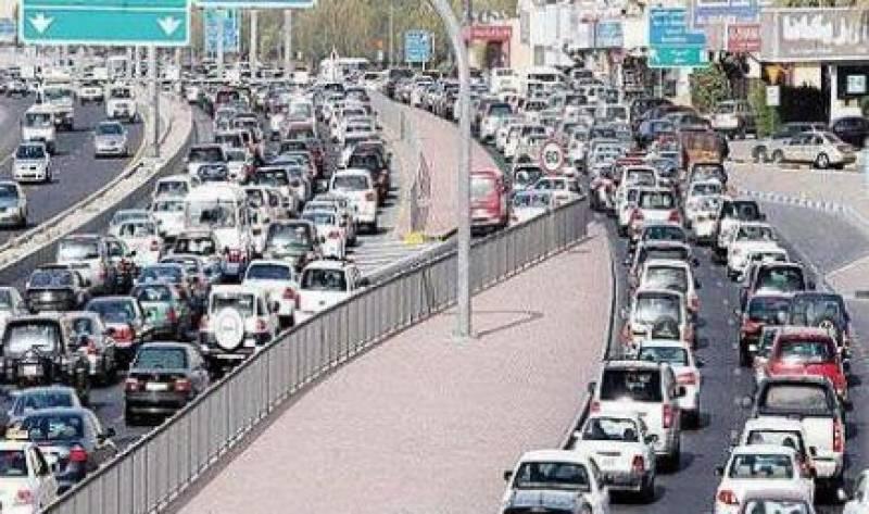 کویت میں ٹریفک کا غیر معمولی ازدحام تارکین کی وجہ سے نہیں، سروے