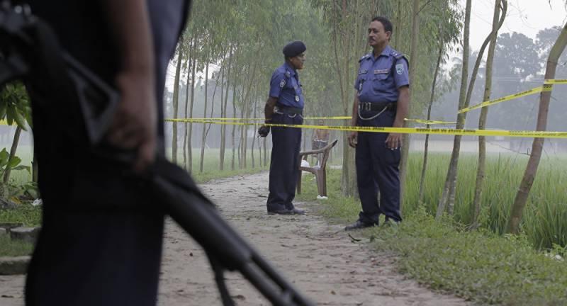 بنگلہ دیش میں گاڑی پر فائرنگ سے الیکشن افسر سمیت 7 افراد ہلاک