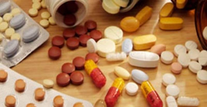 حکومتی دباؤ پر دوا ساز کمپنیوں کا قیمتوں میں کمی کا اعلان