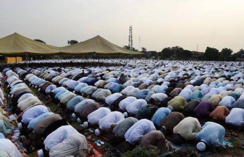 دنیا کے کئی ممالک میں عید الفطر کے روح پرور اجتماعات