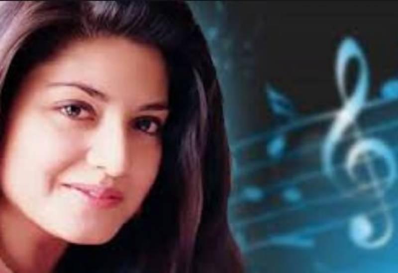 معروف پاکستانی پوپ اسٹار نازیہ حسن کو بچھڑے 19برس بیت گئے
