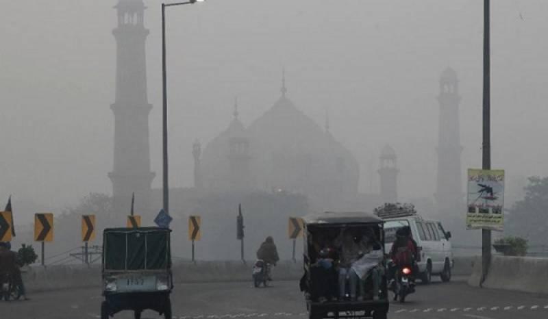 شہر میں بڑھتی ہوئی ماحولیاتی آلودگی، لاہور ہائیکورٹ نے نوٹس لے لیا