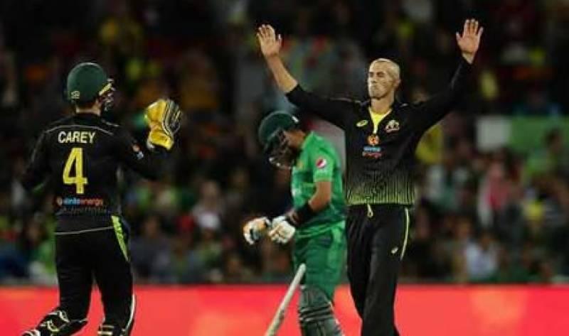 تیسرا ٹی ٹونٹی میچ: آسٹریلیا نے پاکستان کو شکست دے کر سیریز 0-2 سے جیت لی
