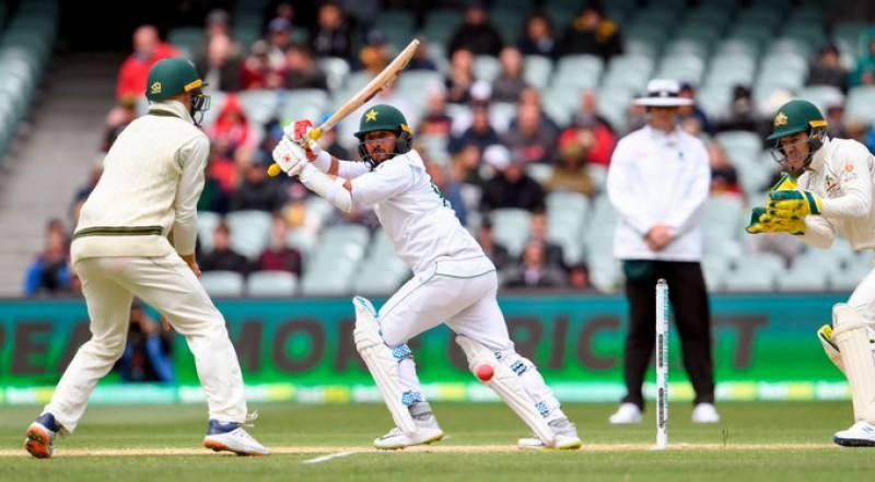 ایڈیلیڈ ٹیسٹ میں یاسر شاہ کی سنچری بھی کام نہ آئی،آسٹریلیا کے خلاف پاکستان فالو آن کا شکار