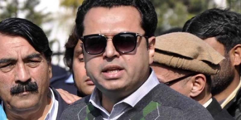 فواد چوہدری کا وزیراعلیٰ پنجاب بننے کا ارمان پورا نہیں ہو گا، طلال چوہدری