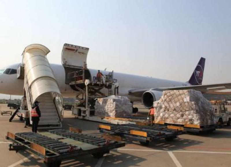 چین سے ایک اور18ٹن حفاظتی سامان کی کھیپ اسلام آبادپہنچ گئی