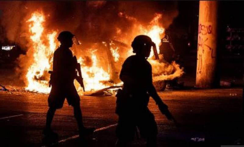 امریکہ میں نسل پرستی کے خلاف پرتشدد مظاہروں میں 17 افراد ہلاک