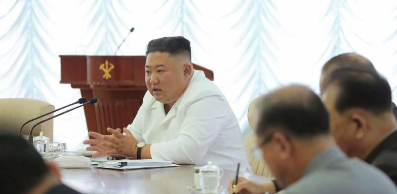 شمالی کوریا کے سربراہ نے جنوبی کوریا کیساتھ تمام مواصلاتی رابطے ختم کر دیئے