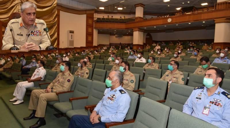 پاک فوج ملک میں امن کے لیے تمام ممکنہ اقدامات اٹھائے گی، آرمی چیف
