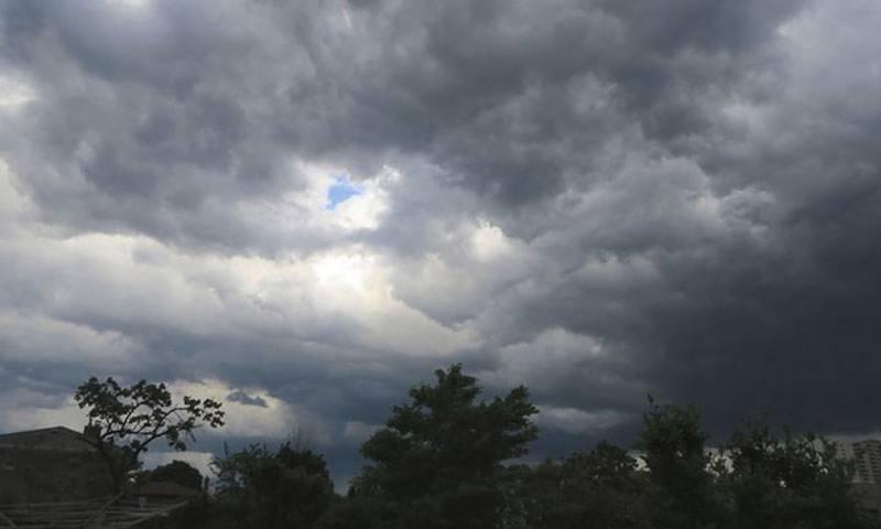 ملک بھر میں آج گرج چمک کے ساتھ بارش ہو گی، محکمہ موسمیات