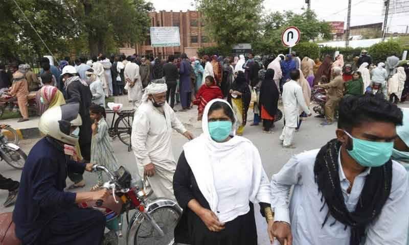 پاکستان میں کورونا سے مزید 19 افراد جاں بحق، 841 نئے کیسز رپورٹ