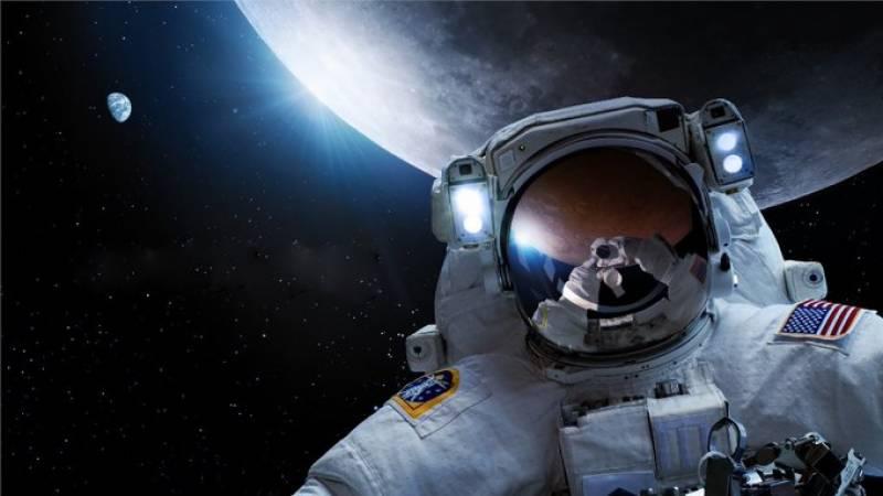 ناسا خلا بازوں کو چاند پر واپس لانے کے 28 ارب ڈالر خرچ کرے گا