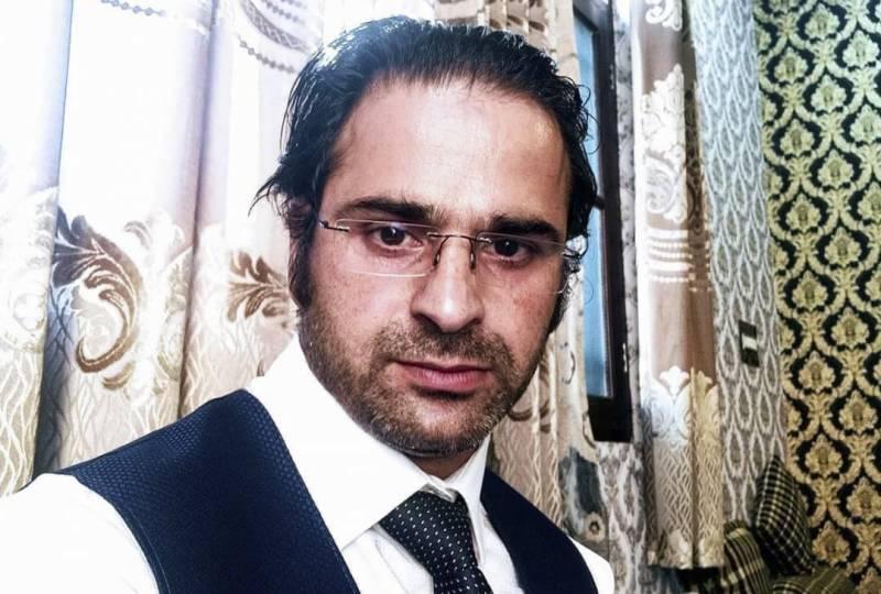 بھارت مردہ باد کا نعرہ لگانیوالے کشمیری وکیل بابر قادری کو شہید کردیا گیا