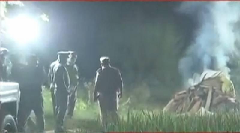 ہاتھرس گینگ ریپ متاثرہ لڑکی کی آخری رسومات والدین کی غیر موجوگی میں ادا