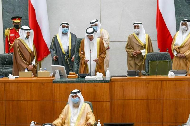 کویت کے نئے امیر نواف الاحمد نے اپنے عہدے کا حلف اٹھا لیا
