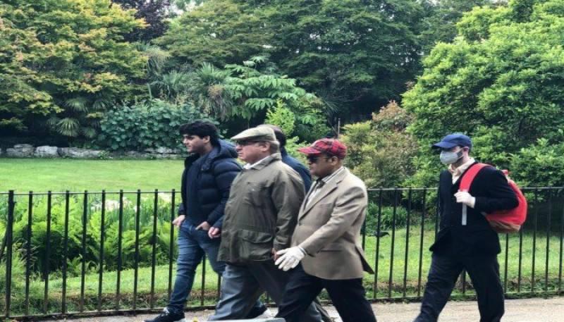 لندن: نواز شریف کی ہائیڈ پارک واک نے ہنگامہ کھڑا کردیا