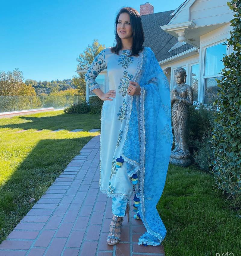 Sunny Leone's photos won the hearts of fans