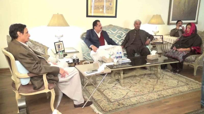 فرح منظور بلوچ ساتھیوں سمیت مسلم لیگ (ق) میں شامل ہو گئیں