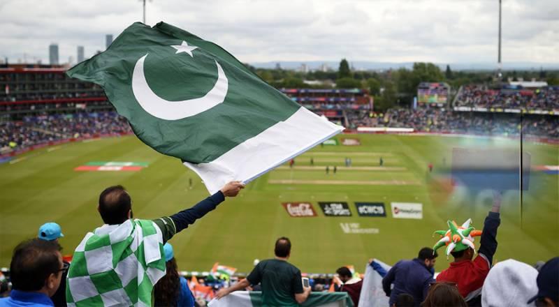 پاکستان اور انگلینڈ کے مابین ہونے والے سیریز میں شائقین کی بڑی دلچسپی
