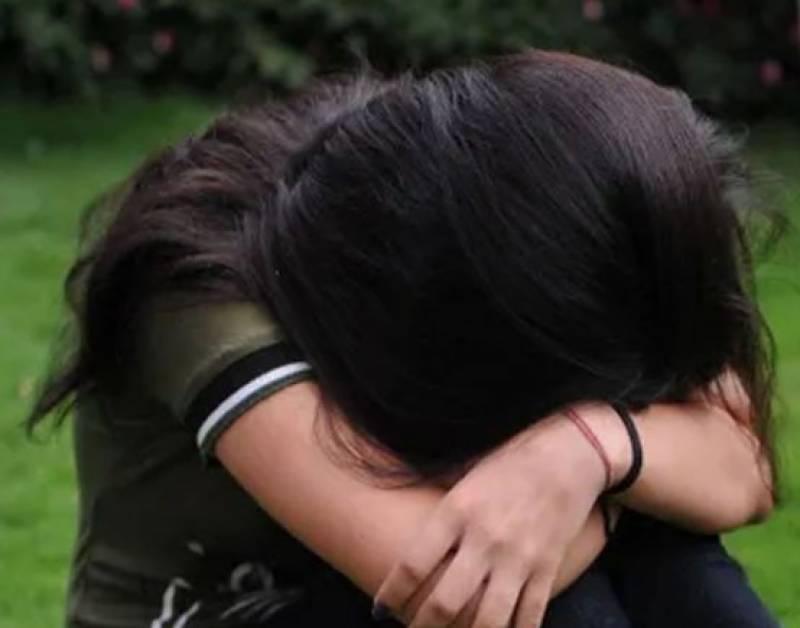 نئی دہلی ، کم سن بچی سے 9 ڈرائیوروں کی زیادتی