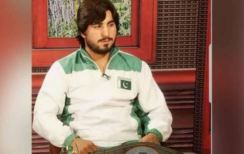 باکسر محمد اسلم پنچ لگنے سے دم توڑگیا