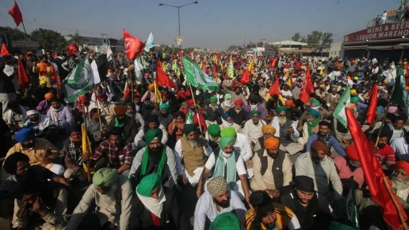 بھارتی کسانوں کا متنازعہ زرعی قوانین کیخلاف احتجاج جاری