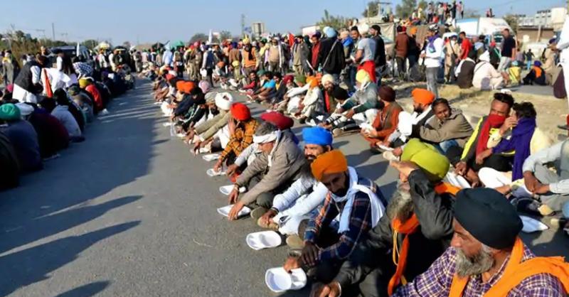 بھارت میں کسانوں کا احتجاج، 2 خواتین ہلاک، 3 زخمی