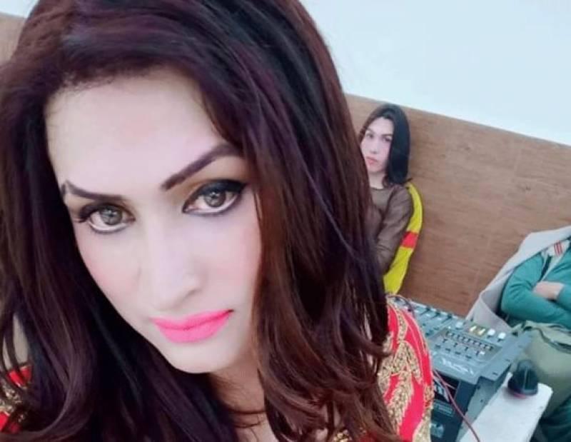 پشاور میں خواجہ سرا پر تشدد، زیادتی کے بعد بال کاٹ دیئے