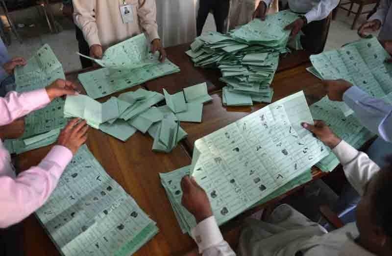 قومی اور صوبائی اسمبلی کے دو، دو حلقوں میں ضمنی الیکشن، ووٹوں کی گنتی جاری