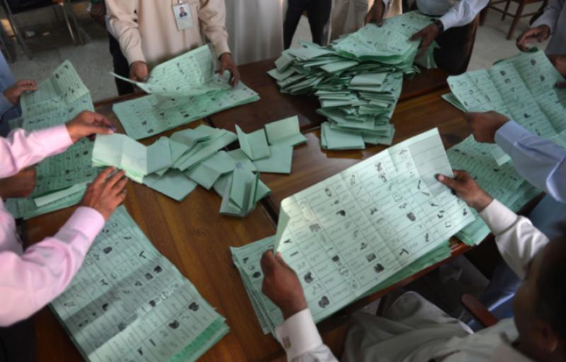 تھرپارکر ضمنی انتخابات: پولنگ ختم،ووٹوں کی گنتی شروع