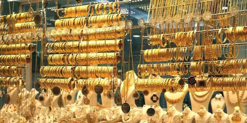 ملک میں فی تولہ سونے کی قیمت میں 1050 روپے کمی