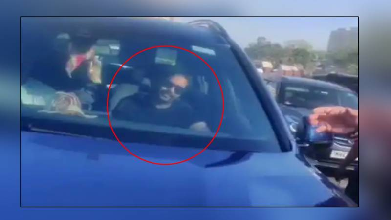 کسان اندولن کے حامی اجے دیوگن کی گاڑی روک لی