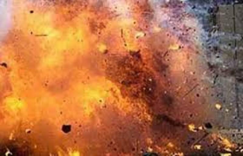 گھوٹکی: کچرے کے ڈبے میں موجود دھماکا خیز مواد پھٹ گیا، بچہ جاں بحق ،3 زخمی