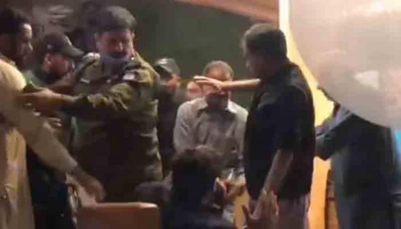 جہلم میں ملکیت کے تنازع پر سابق ن لیگی ایم پی اے کا ہوٹل مالک پر تشدد