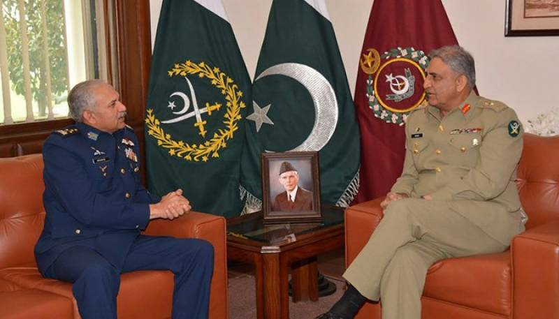 ایئر چیف مارشل مجاہد انور خان کی آرمی چیف جنرل قمر جاوید باجوہ سے ملاقات