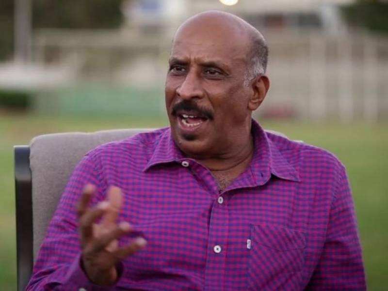 سابق ٹیسٹ کرکٹر توصیف احمد کے دل کا آپریشن کامیاب