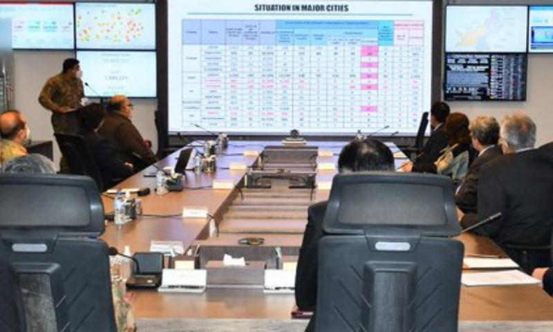 این سی او سی کا آج پھر اجلاس، 18 اضلاع میں کورونا مثبت کیسز کی شرح خطرناک