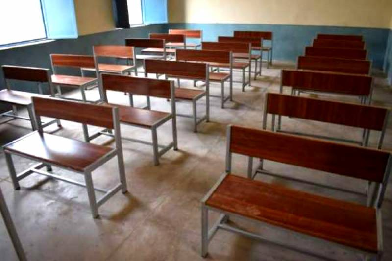 کورونا وائرس کا پھیلاؤ، خیبرپختونخواہ کے مزید 6 اضلاع میں سکول بند کرنے کا فیصلہ