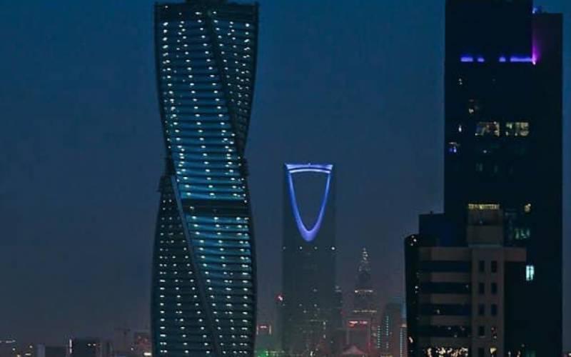 گوگل اور سی ایس جی سمیت کئی عالمی کمپنیوں نے سعودی عرب میں دفاتر قائم کرنے کا عندیہ دیدیا مگر کیوں؟