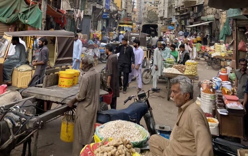 تاجروں نے کاروباری مراکز رات 8 بجے بند کرنے کا نوٹیفکیشن مسترد کر دیا