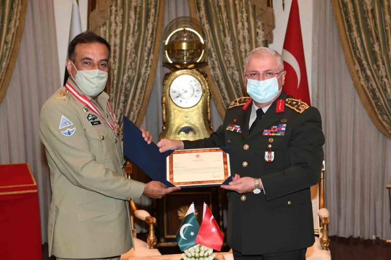 چیئرمین جوائنٹ چیفس آف اسٹاف کمیٹی جنرل ندیم رضا کیلئے ترکی کا اعلیٰ فوجی ایوارڈ