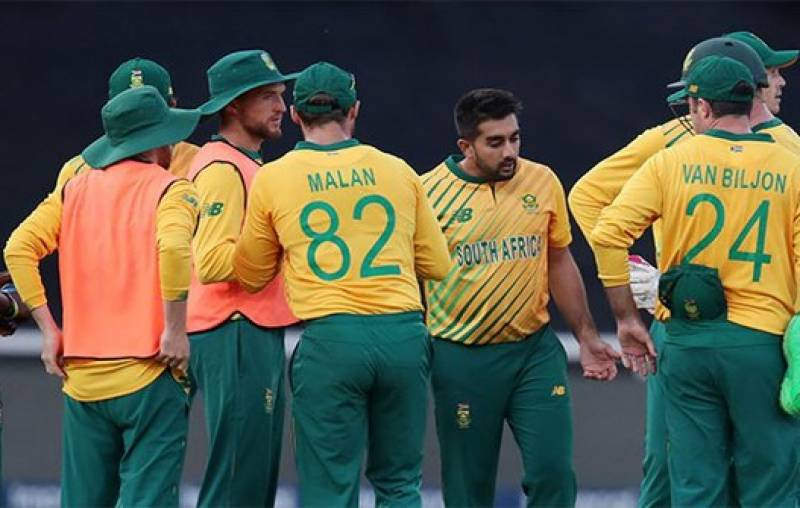 دوسرا ٹی 20، پاکستان نے جنوبی افریقہ کو جیت کیلئے 141 رنز کا ہدف دیدیا