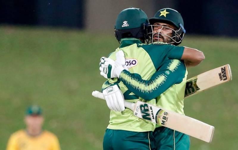 فیصلہ کن ٹی 20 میچ میں پاکستان کی سنسنی خیز فتح، سیریز 1-3 سے جیت لی