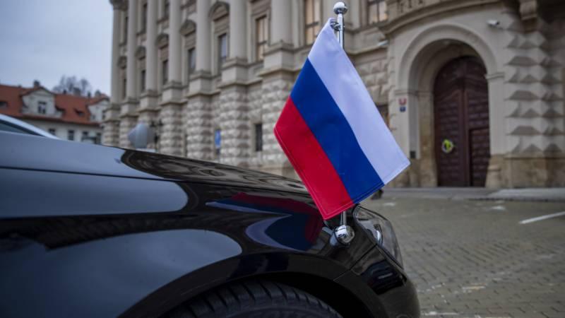 چیک ری پبلک نے بھی 18 روسی سفارتکاروں کو نکال دیا