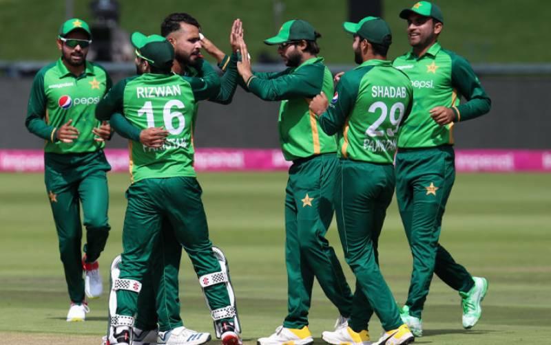 زمبابوے میں موجود پاکستانی ٹیم کے کوویڈ 19 ٹیسٹ کی رپورٹس منفی آ گئیں