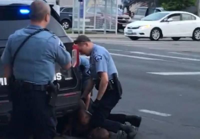 امریکامیں پولیس اہلکاربے گناہ شہری کے قتل کا مجرم قرار