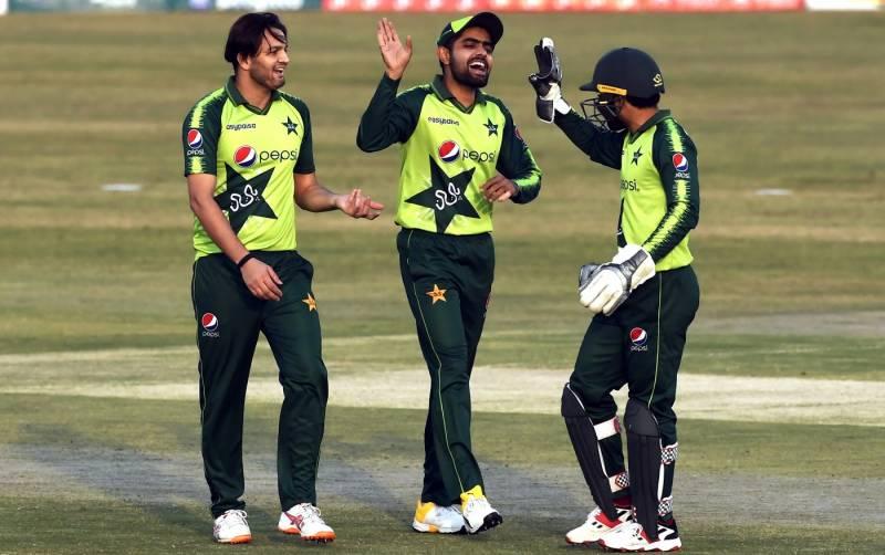 پاکستان نے زمبابوے کو 11 رنز سے شکست دیدی، سیریز میں 0-1 کی برتری