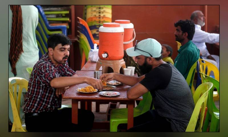 'کورونا میں مبتلا مریضوں کا دوسرے افراد کیساتھ میل ملاقات حرام'