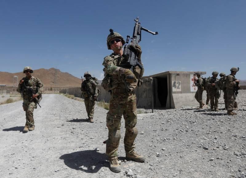 افغانستان سے غیرملکی فوجوں کا انخلا شروع